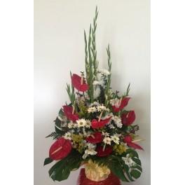 http://floristeriajerico.es/325-thickbox_leometr/centro-alto-anthurium.jpg